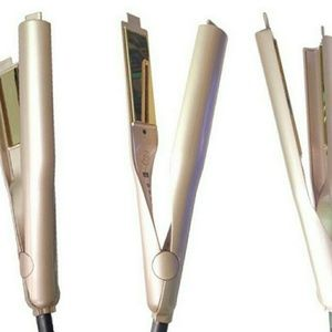 Accessories - Hair curler and straightener